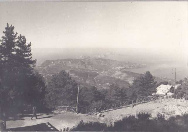 Piazzale dei Capi nel periodo della fondazione del villaggio Monte Faito